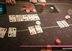 Pengertian kartu Straight Flush